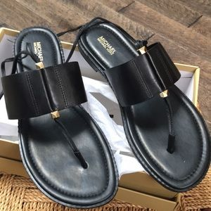 NewSize 10 Michael Kors Marlon flat sandal leather